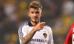 David Beckham est à Paris aujourd'hui pour signer un contrat de six mois.