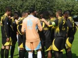 Réduit à 9 et mené 2-0, l'UJA Maccabi est parvenu à faire match nul.